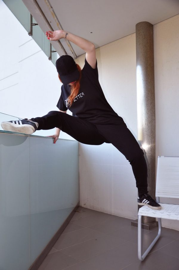 dancers tshirt, perfect jogger salto_RG