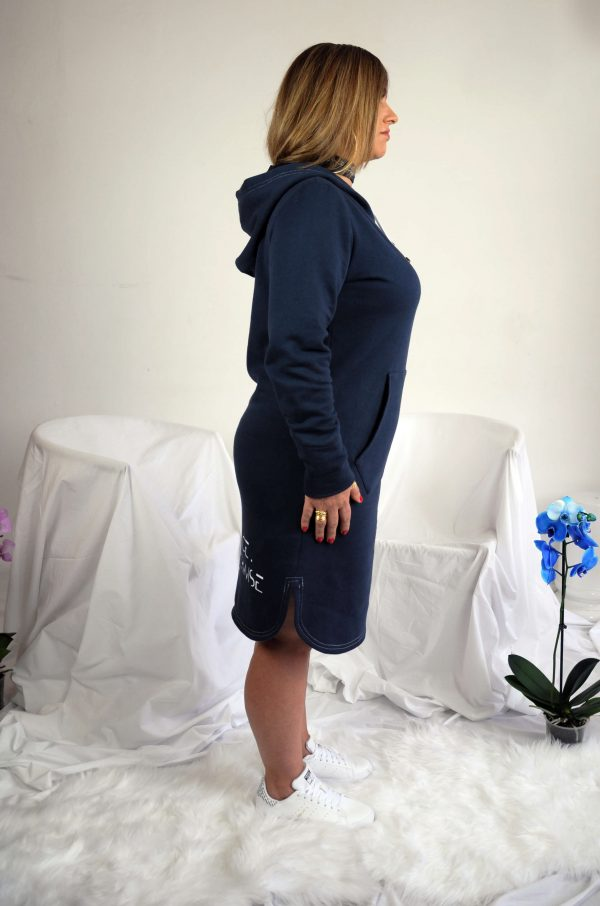 maxi hoodie side 1